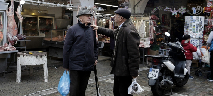 Στοιχεία-σοκ από τον ΣΕΒ: Ο πληθυσμός της Ελλάδας μειώθηκε όσο και μετά την Κατοχή