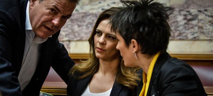 «Πηγαδάκι» Καββαδία, Πετρόπουλου και Αχτσιόγλου στη χθεσινή συνεδρίαση της ΚΟ του ΣΥΡΙΖΑ / Φωτογραφία: EUROKINISSI
