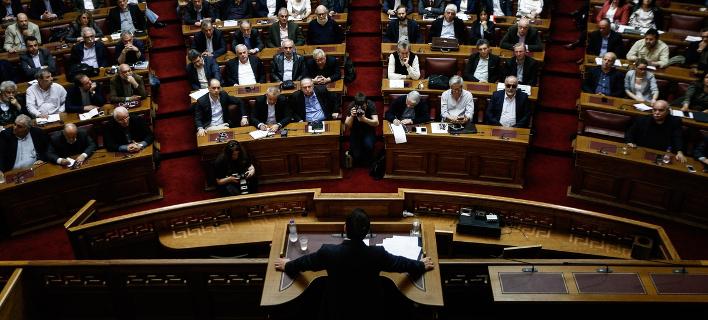 Φωνές για ανασχηματισμό στην κυβέρνηση -Ποιοι υπουργοί θα φύγουν