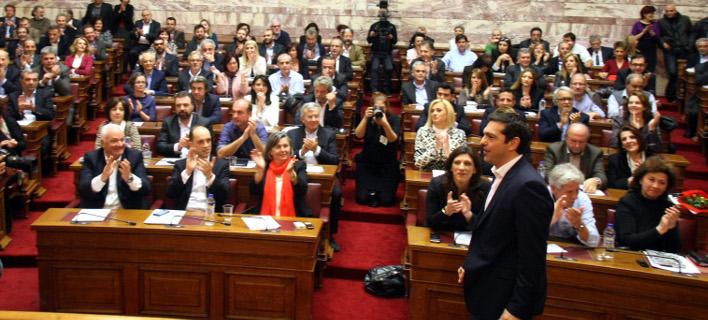 Αρχισαν τα όργανα στον ΣΥΡΙΖΑ: «Δεν περνάνε τα μέτρα» λένε βουλευτές – Συνιστώσα μιλάει για νέο Μνημόνιο και ζητάει συνέδριο