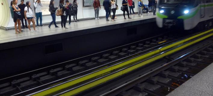 Ανδρας έπεσε στις ράγες του Μετρό «Ευαγγελισμός»(Φωτογραφία αρχείου: EUROKINISSI/ ΠΑΝΑΓΟΠΟΥΛΟΣ ΓΙΑΝΝΗΣ)