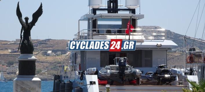 Η θαλαμηγός «FUNDAMENTAL», Φωτογραφίες: cyclades24.gr