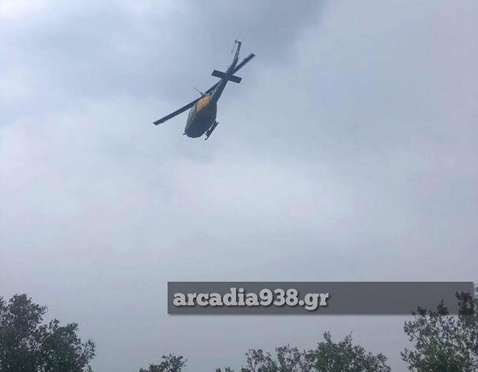 Πτώση εκπαιδευτικού αεροπλάνου της Πολεμικής Αεροπορίας σημειώθηκε λίγο έξω από την Τρίπολη. Σωός ο συγκυβερνήτης. Αναζητείται ο κυβερνήτης.