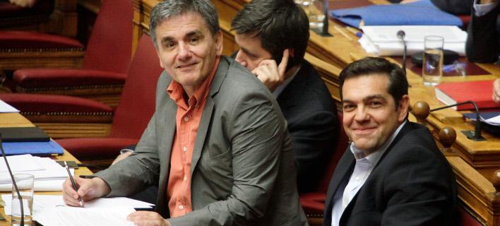 Τσίπρας: Τα νέα για το χρέος είναι τόσο καλά, που θα αναγκαστώ να φορέσω γραβάτα