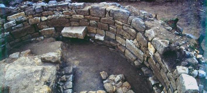 Αυτός είναι ο τάφος του Αριστοτέλη -Τα συμπεράσματα του αρχαιολόγου [βίντεο]