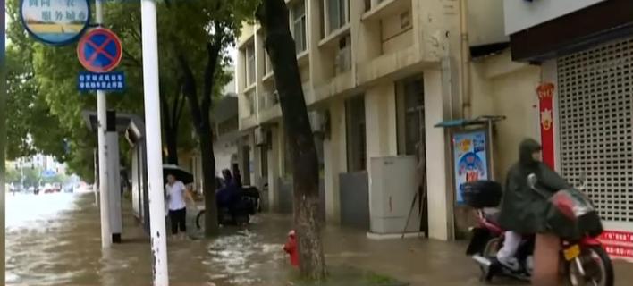 Σε «πορτοκαλί συναγερμό» περιοχές της Κίνας εν' όψει του τυφώνα Ταλίμ