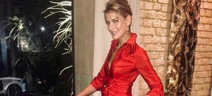 4a5fedc61b99 Τατιάνα Μπλάτνικ  Με αυτό το υπέροχο κατοκόκκινο φόρεμα των 1.000 ευρώ πήγε  στο σουαρέ με την Μέγκαν και.