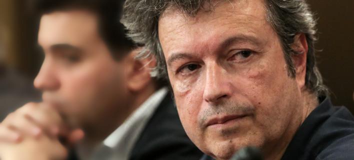 Ο Τατσόπουλος σχολιάζει αιχμηρά την ανάρτηση της δικηγόρου που χτυπήθηκε από φωτοβολίδα στα Εξάρχεια /Φωτογραφία: Intime News