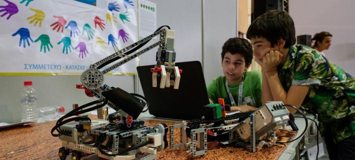 Με τη συμβολή της Cosmote η ανάδειξη της ελληνικής αποστολής για την Ολυμπιάδα Εκπαιδευτικής Ρομποτικής
