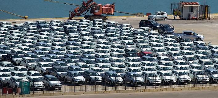 Νέοι φόροι στα αυτοκίνητα για να κλείσει η αξιολόγηση -Οι αλλαγές στα τέλη ταξινόμησης και κυκλοφορίας