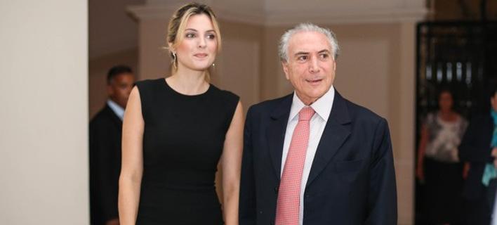 Αυτή η προκλητική καλλονή θα είναι τώρα η Πρώτη Κυρία της Βραζιλίας [εικόνες]