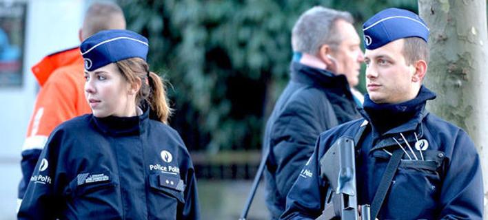 Νέος τρόμος στο Βέλγιο: Αντρας μαχαίρωσε με ματσέτα δύο γυναίκες αστυνομικούς