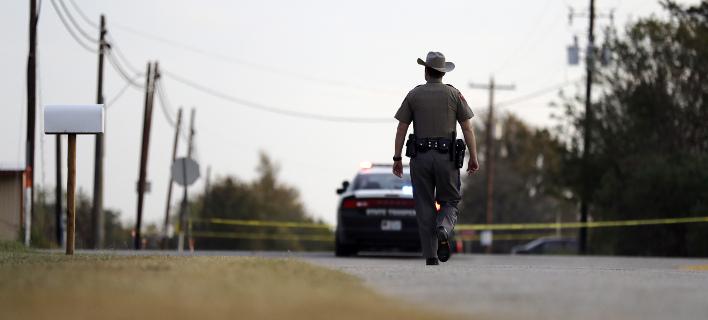 Οικογενειακή διαμάχη πίσω από το μακελειό στο Τέξας (Φωτογραφία: AP/ Eric Gay)