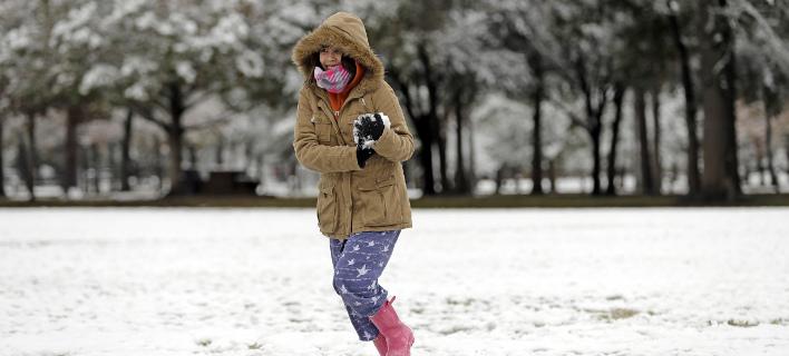 Τρελάθηκαν με το χιόνι στο Τέξας (Φωτογραφία: AP/ David J. Phillip)