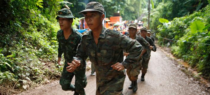Πέθανε για να σώσει τα εγκλωβισμένα παιδιά στο σπήλαιο της Ταϊλάνδης -Τους πήγε οξυγόνο, δεν του έφτασε στον γυρισμό