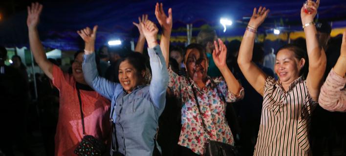Πανηγυρισμοί στην Ταϊλάνδη/ Φωτογραφία: AP