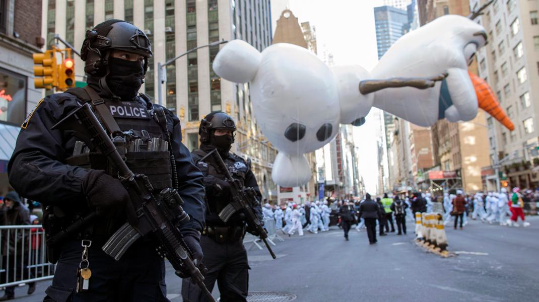 Παρέλαση για την Ημέρα των Ευχαριστιών στη Νέα Υόρκη υπό δρακόντεια μέτρα ασφαλείας -Φωτογραφία: AP Photo/Eduardo Munoz Alvarez