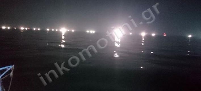 Δέκα τουρκικά αλιευτικά έφτασαν έξω από τη Θάσο -Σε απόγνωση οι Ελληνες ψαράδες
