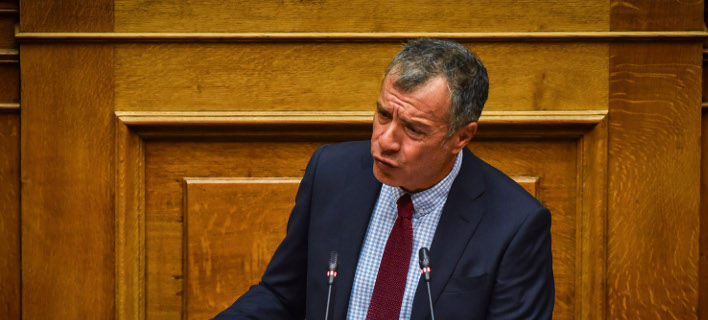 Θεοδωράκης: Δώστε ψήφο στους Ελληνες του εξωτερικού -Σκουρλέτης: Δεσμεύομαι να έρθει διάταξη στην παρούσα Βουλή