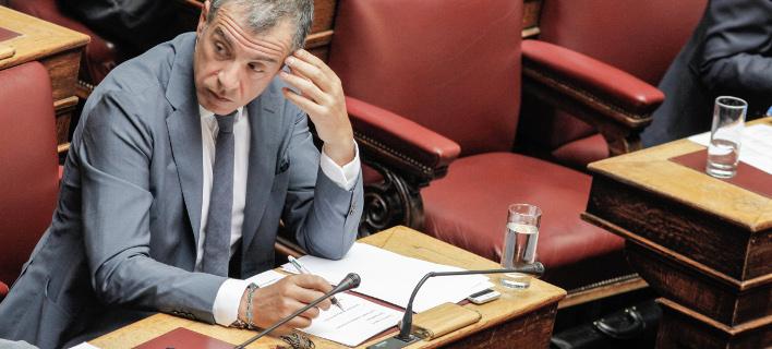 Ευθύνη του Βούτση η τήρηση των χρόνων στη Βουλή, τόνισε ο Θεοδωράκης (Φωτογραφία: EUROKINISSI/ΓΙΩΡΓΟΣ ΚΟΝΤΑΡΙΝΗΣ)