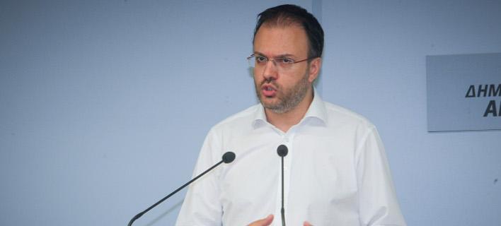 Θεοχαρόπουλος για τη φιέστα: Ο κυβερνητικός λαϊκισμός του Ζαππείου