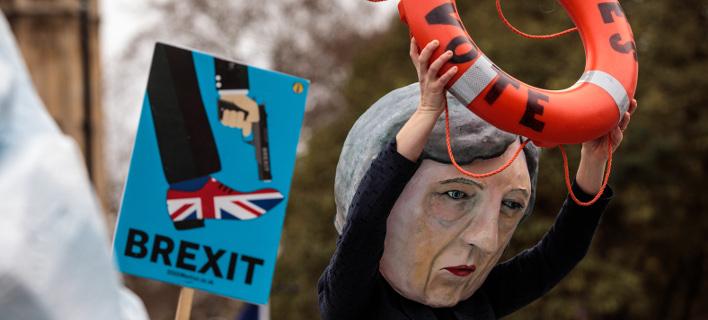 Ιστορική ήττα της Μέι στην ψηφοφορία για το Brexit -Θα αναβληθεί η έξοδος από την ΕΕ;