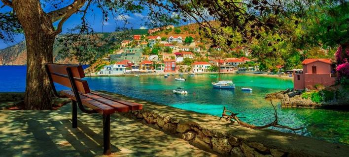 Αυτό το ελληνικό χωριό είναι τόσο όμορφο που νομίζεις ότι βγήκε από καρτ ποστάλ [εικόνες]