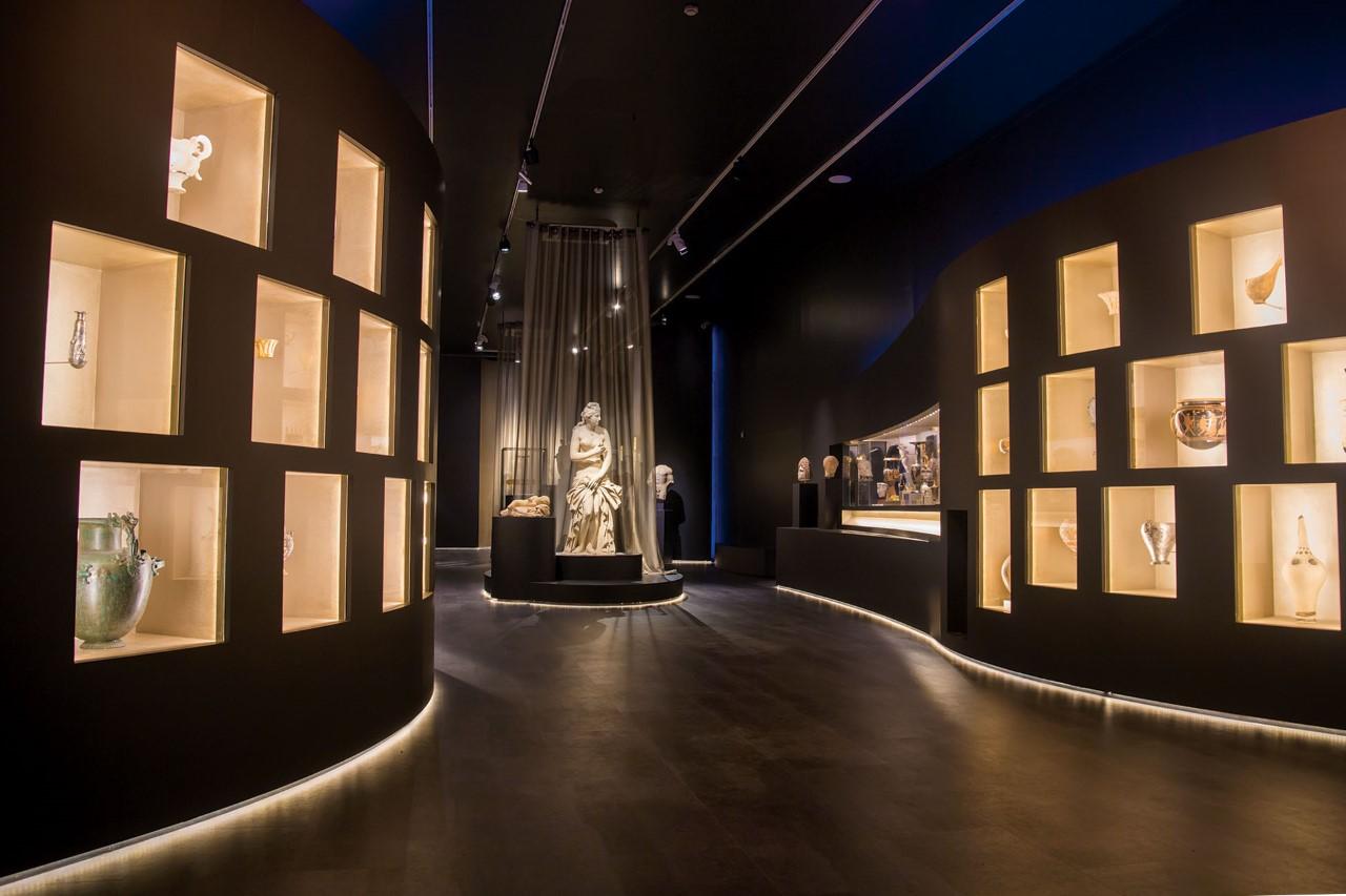 To Εθνικό Αρχαιολογικό Μουσείο αποθεώνει το αρχαίο ελληνικό κάλλος [εικόνες]
