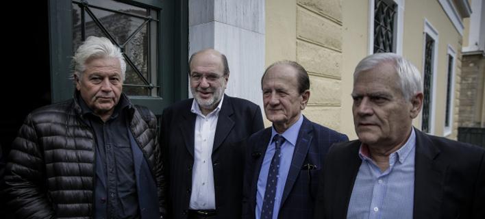 Ο Θανάσης Παπαχριστόπουλος (ΑΝΕΛ), Τρύφων Αλεξιάδης (πρώην υπουργός ΣΥΡΙΖΑ) και ο Θύμιος Λυμπερόπουλος / Φωτογραφία: Στέλιος Μισίνας/Eurokinissi