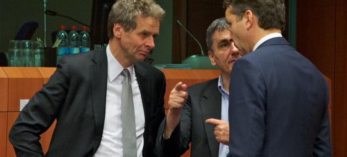 Eurogroup: Πρώτα συμφωνία για μέτρα & χρέος και μετά η Ελλάδα θα πάρει τη δόση