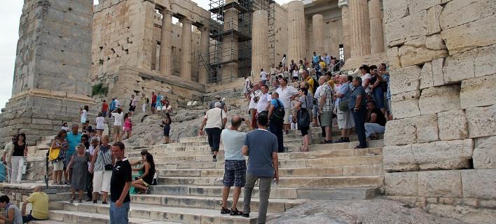 Télégraphe: Attraction Amphipolis, dans 27 millions. touristes jusqu'à la 2021