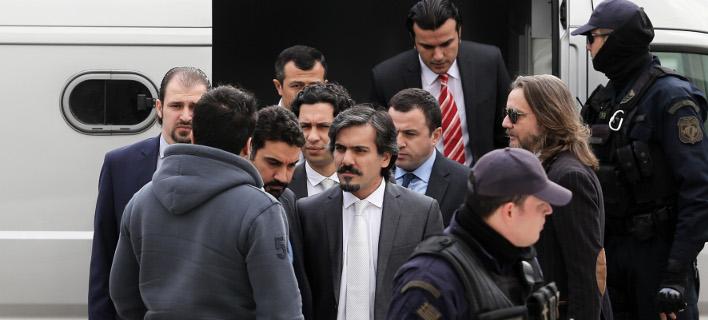 «Πόλεμος» Ελλάδας -Τουρκίας για τους 8 αξιωματικούς-Απειλές & εντάλματα σύλληψης