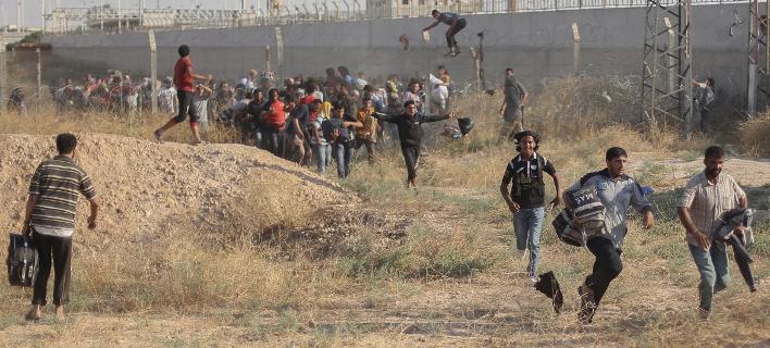 Η Τουρκία χτίζει τείχος στα σύνορα με τη Συρία για να σταματήσει τους πρόσφυγες
