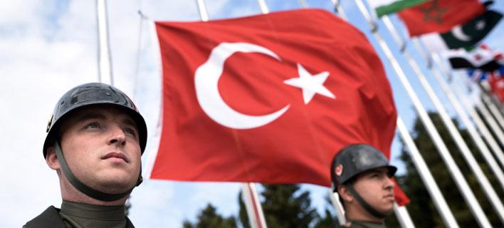 Δεν δεχόμαστε μαθήματα από την Ελλάδα λέει το τουρκικό Υπεξ- φωτογραφία AP