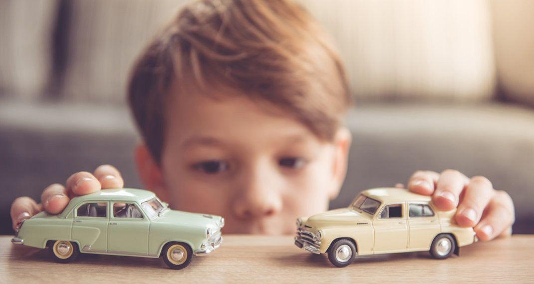 Παιδί και παιχνίδι, Φωτογραφία: Shutterstock