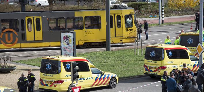 Το τραμ όπου έγινε η τρομοκρατική επίθεση στην Ουτρέχτη /Φωτογραφία: ΑΡ