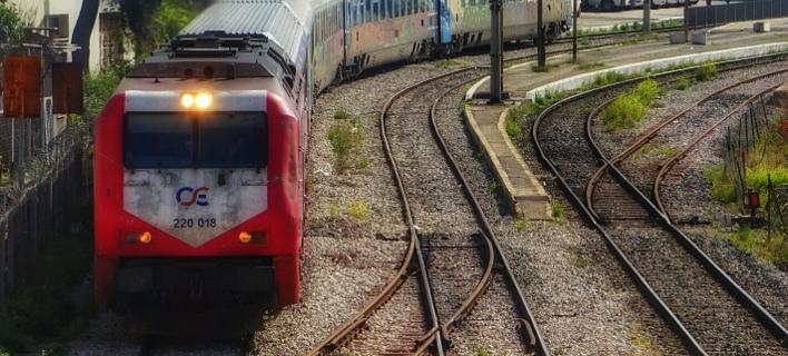 Το τρένο τραυμάτισε θανάσιμα τον άνδρα/ Φωτογραφία αρχείου: EUROKINISSI- ΓΙΩΡΓΟΣ ΚΟΝΤΑΡΙΝΗΣ