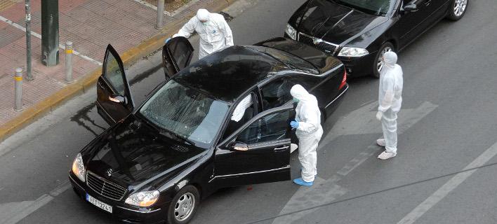 Τρομοκρατική επίθεση στον Λουκά Παπαδήμο -Φόβοι και για άλλα τρομοδέματα