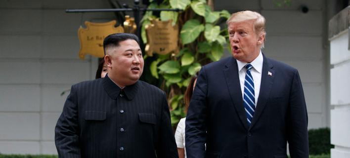 Ντόναλντ Τραμπ και Κιμ Γιονγκ Ουν (AP Photo/Evan Vucci