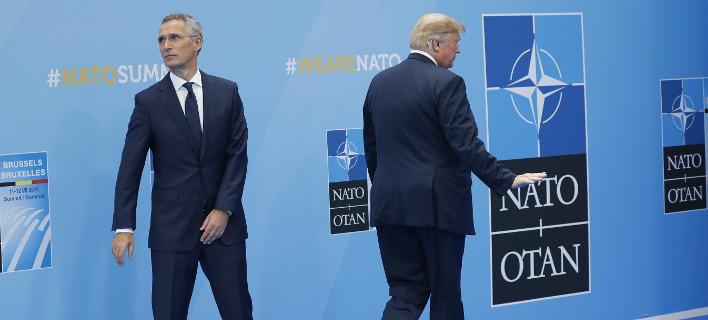 Ο Ντόναλντ Τραμπ με τον Γενς Στόλτενμπεργκ (Φωτογραφία: AP/ Pablo Martinez Monsivais)