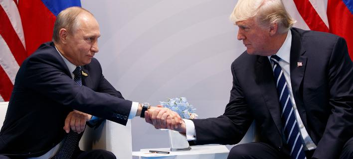 Από τη συνάντηση των δύο προέδρων στο G20. AP Photo/Evan Vucci