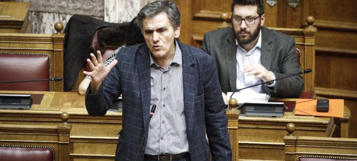 Τσακαλώτος: Ψέμα και συκοφαντία ότι στελέχη του ΣΥΡΙΖΑ φώναζαν «να καεί η Βουλή»