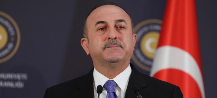 Τσαβούσογλου: Η Τουρκία τάσσεται υπέρ της ένταξης των Σκοπίων στο ΝΑΤΟ