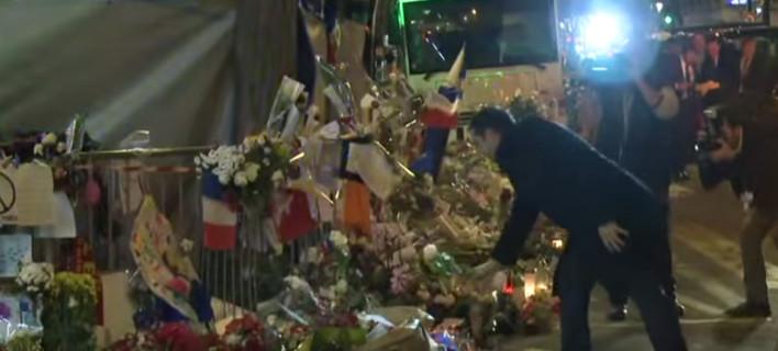 Ο Τσίπρας στο Μπατακλάν -Αφησε ένα λευκό τριαντάφυλλο στη μνήμη των νεκρών [βίντεο]