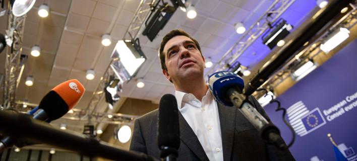 Βρυξέλλες: Με την πλάτη στον τοίχο η Ελλάδα για να αποφύγει την απομόνωση
