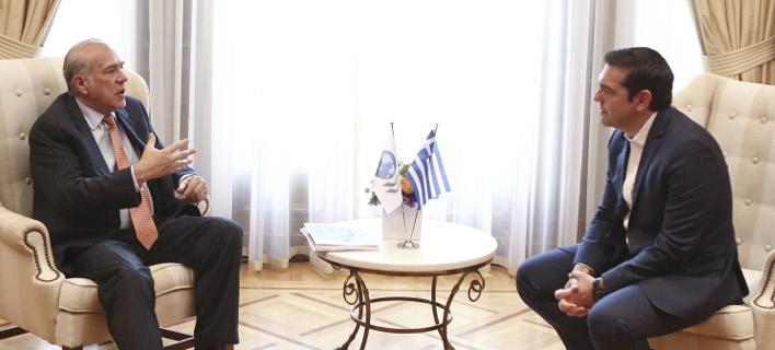Συνάντηση του πρωθυπουργού Aλέξη Τσίπρα με τον γ.γ του ΟΟΣΑ Ανχελ Γκουρία / Φωτογραφία: Intimenews/ΤΖΑΜΑΡΟΣ ΠΑΝΑΓΙΩΤΗΣ