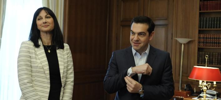 Αλέξης Τσίπρας και Ελενα Κουντουρά στο Μαξίμου, αναμένοντας αντιπροσωπεία του Συνδέσμου Ελληνικών Τουριστικών Επιχειρήσεων  -Eurokinissi-ΜΠΟΛΑΡΗ ΤΑΤΙΑΝΑ