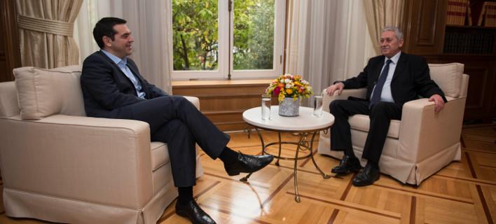 Ο Φώτης Κουβέλης περιμένει το… νεύμα του Αλέξη Τσίπρα για να συνεργαστεί με τον ΣΥΡΙΖΑ