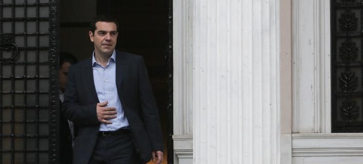 «Στριμωγμένη» η κυβέρνηση παλεύει με το χρόνο για συμφωνία