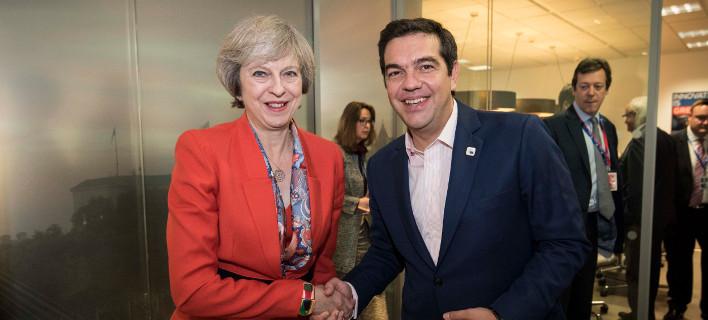 Στο Λονδίνο τη Δευτέρα για τριήμερη επίσκεψη ο Τσίπρας -Συνάντηση με Μέι και παράγοντες του City